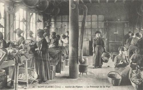 Atelier de pipiers à Saint Claude : le polissage de la pipe
